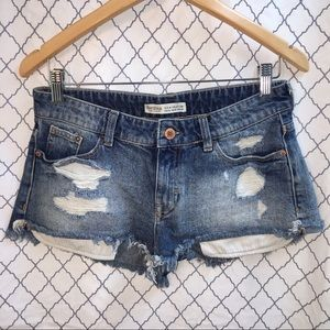 BERSHKA jean destroyed shorts size 6